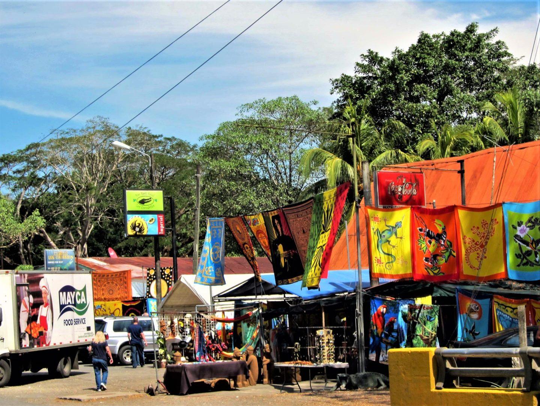 Tourist shops Tarcoles Crocodile Bridge Cost Rica